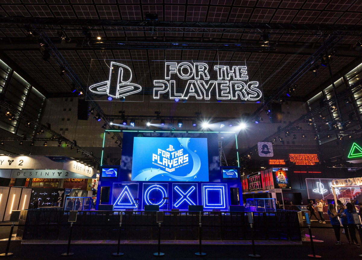 Stand traditionnel Playstation Set PGW 2017